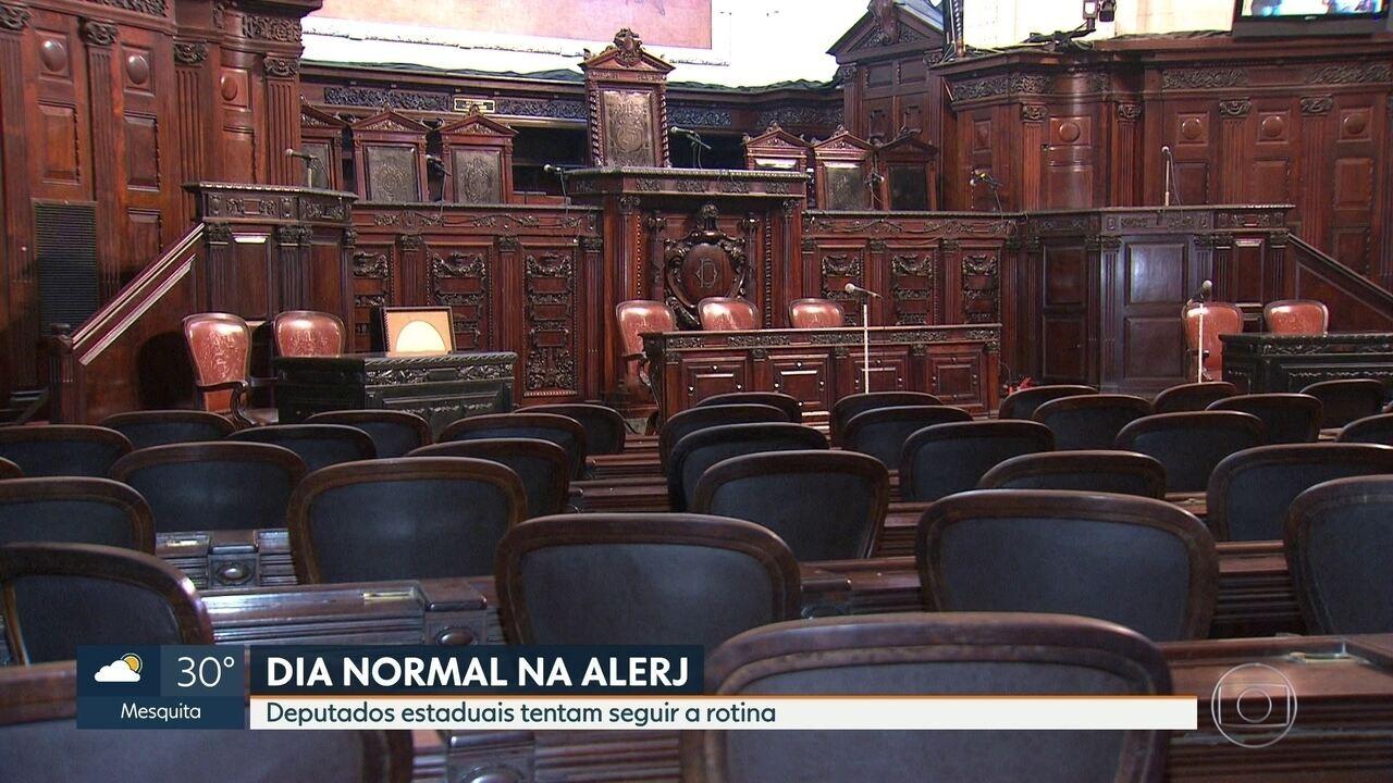 Deputados estaduais mantém rotina normal na Alerj