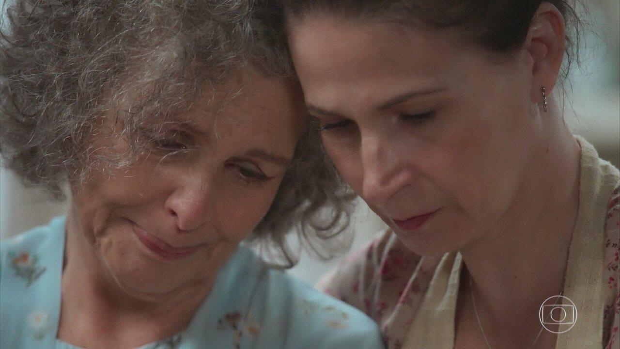 Margot conta para Dalva que sonhou com o filho