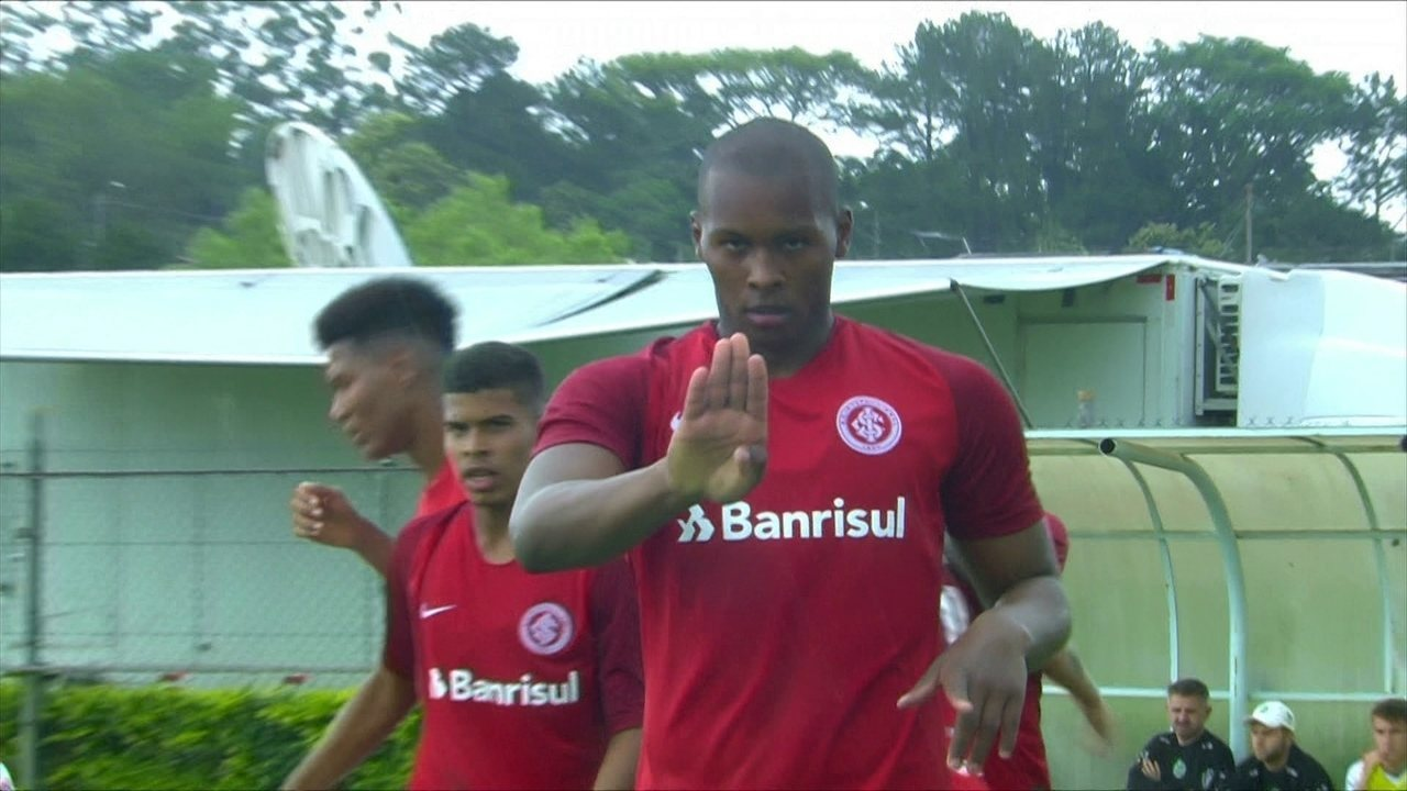 Brenner marca contra o Juventude na Copa RS Sub-20 689c5253362f4
