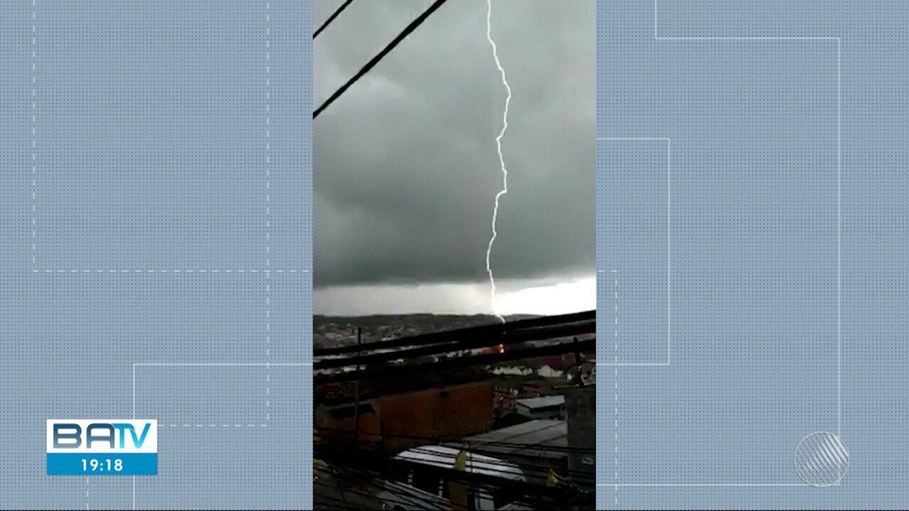Chuva forte causa estragos em Salvador e região metropolitana