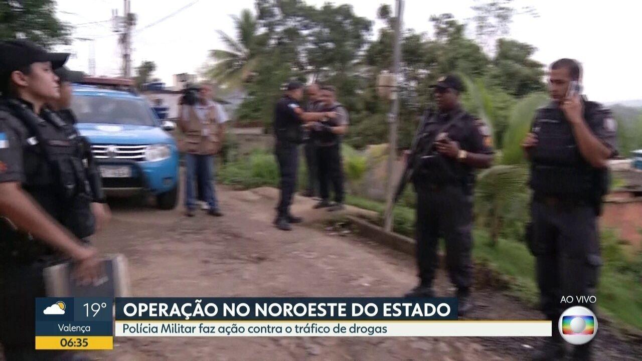A Polícia Militar fez uma operação contra o tráfico de drogas em Itaperuna