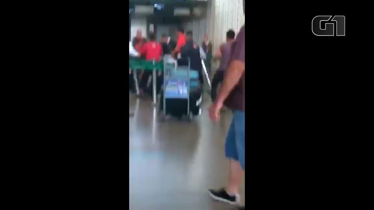 Passageiro agride funcionário de companhia aérea no Aeroporto de Guarulhos
