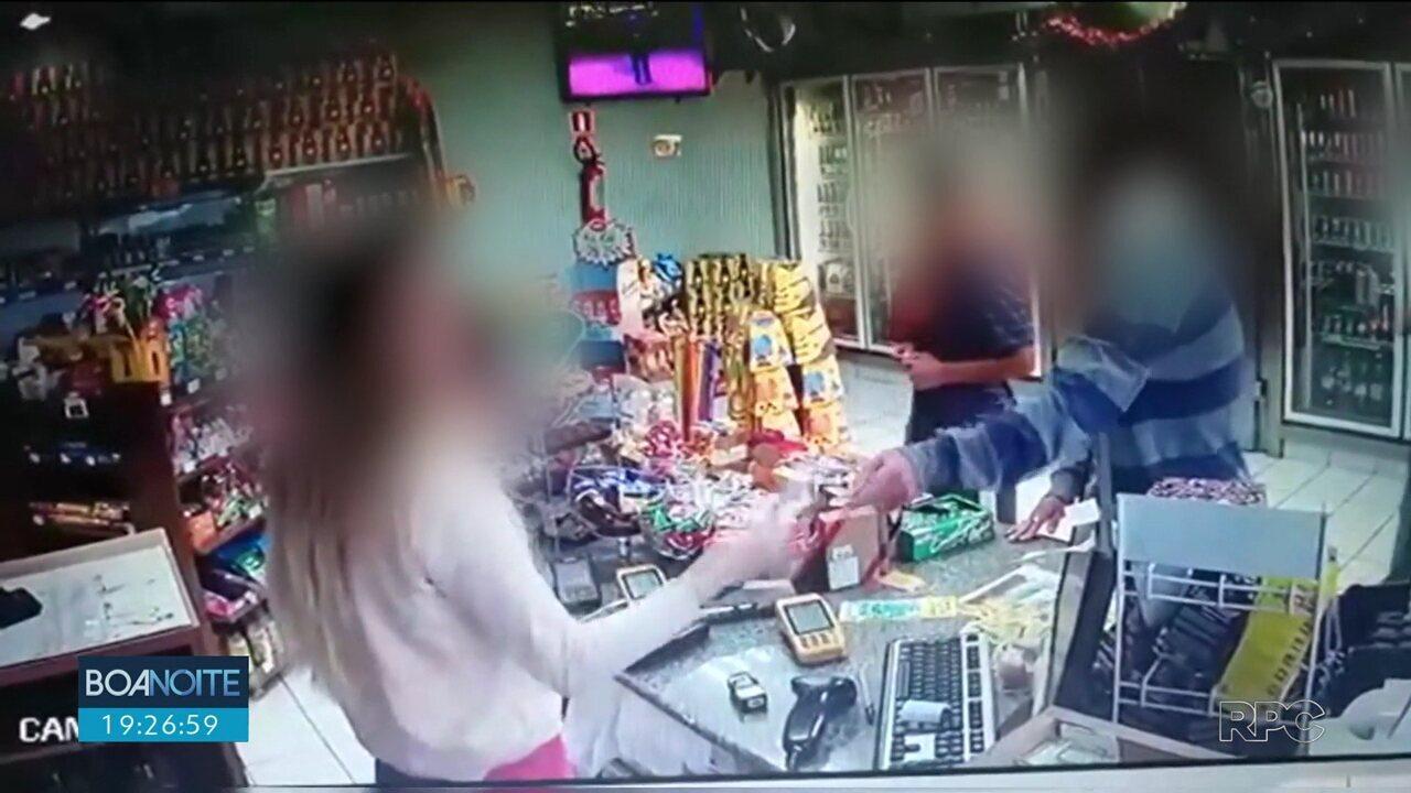 Ladrão mudo usa bilhete para tentar assaltar posto
