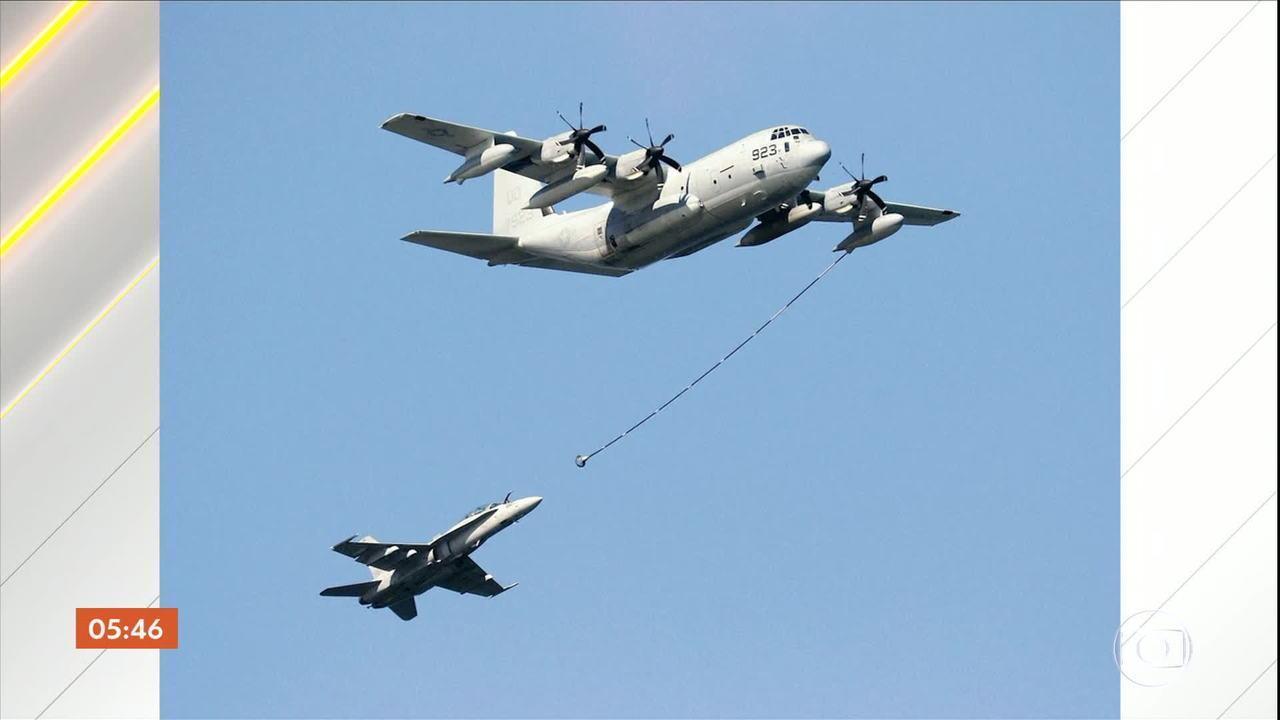 Cinco fuzileiros navais dos EUA estão desaparecidos após acidente com duas aeronaves