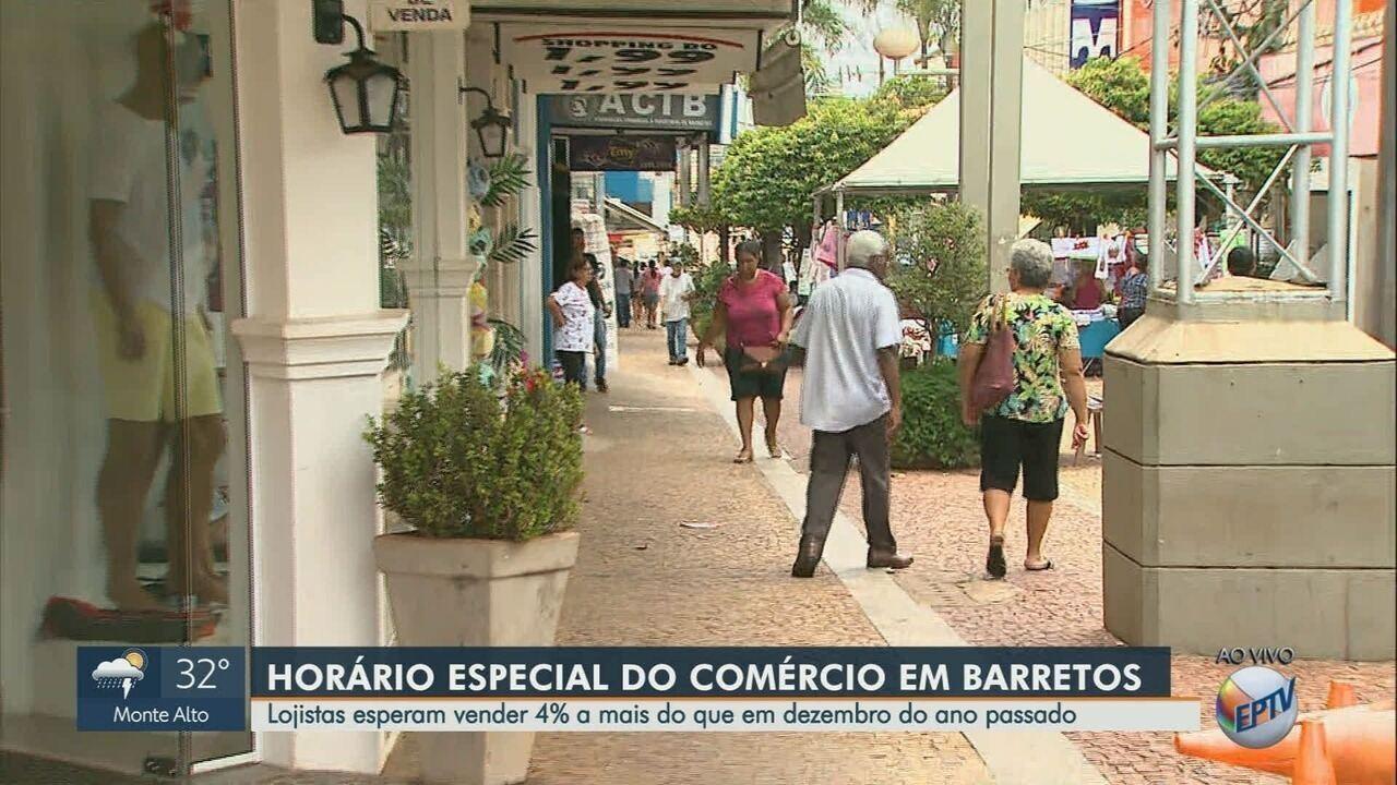 Comércio funciona em horário estendido em Barretos, SP