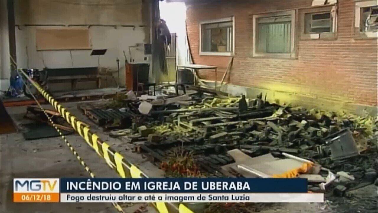 Fogo destruiu altar e imagem de Santa Luzia