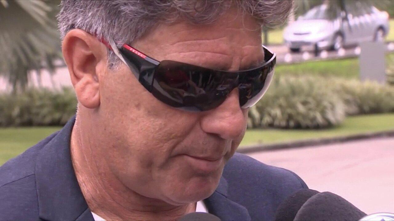 Renato Gaúcho comparece a curso da CBF em Teresópolis, mas diz que não abre mão das férias