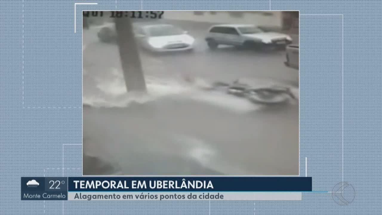 Chuva e granizo deixam ruas alagadas e voos atrasados em Uberlândia