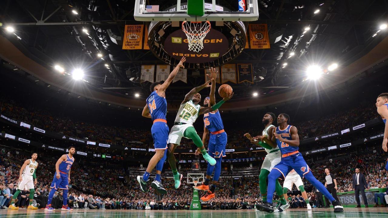 Melhores Momentos: Boston Celtics 128 x 100 New York Knicks, pela NBA