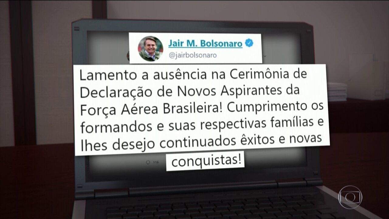 Jair Bolsonaro desmarca viagem por recomendação médica