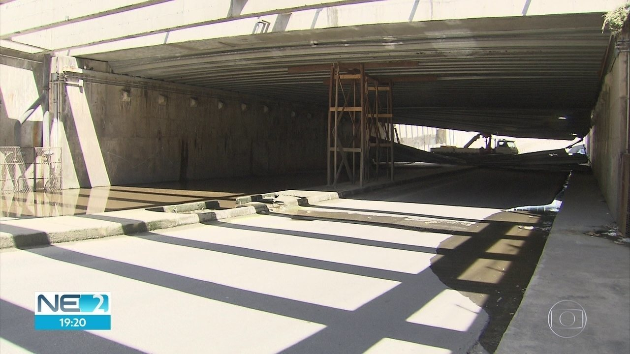 Túnel é interditado na Zona Sul do Recife por causa de problema na cobertura