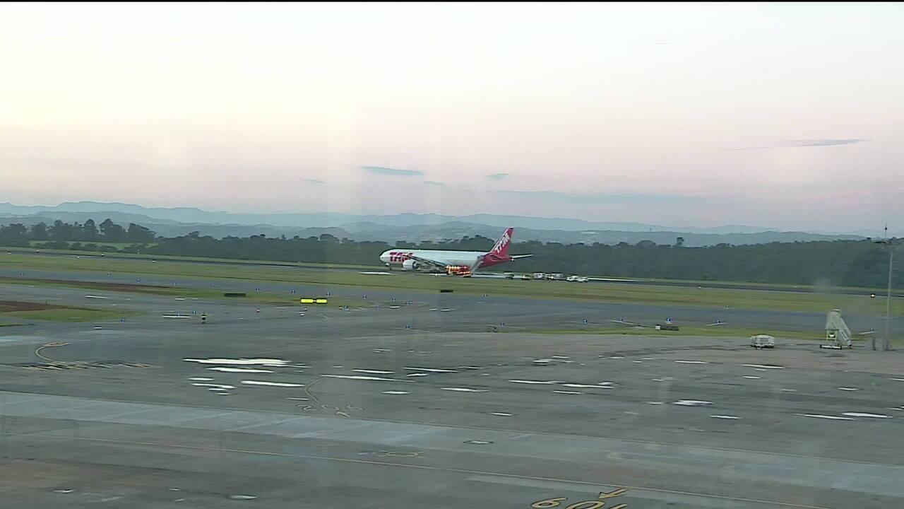 FAB vai ajudar a retirar Boeing da pista do aeroporto de Confins