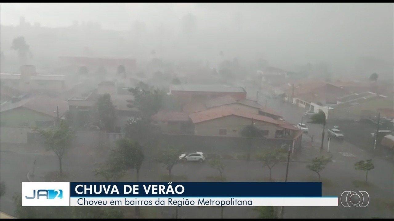 Chuva forte surpreendeu moradores de alguns bairros de Goiânia