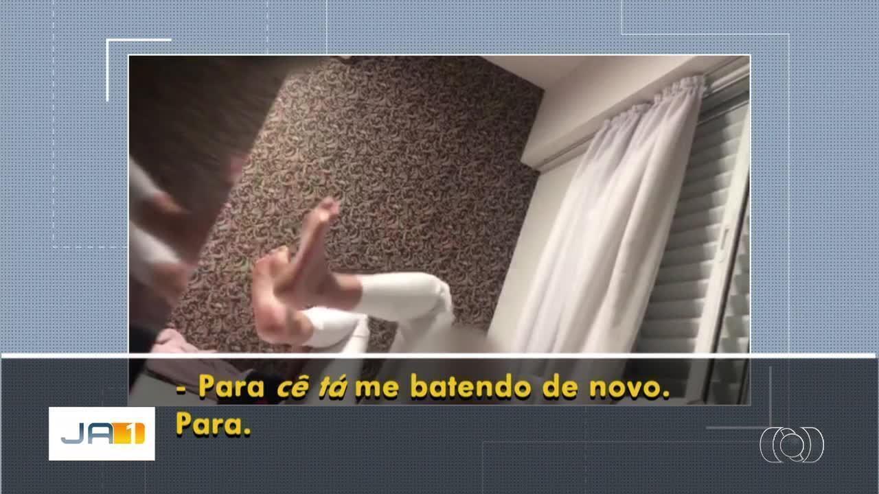 Advogada filma momento em que é agredida pelo namorado em Goiânia