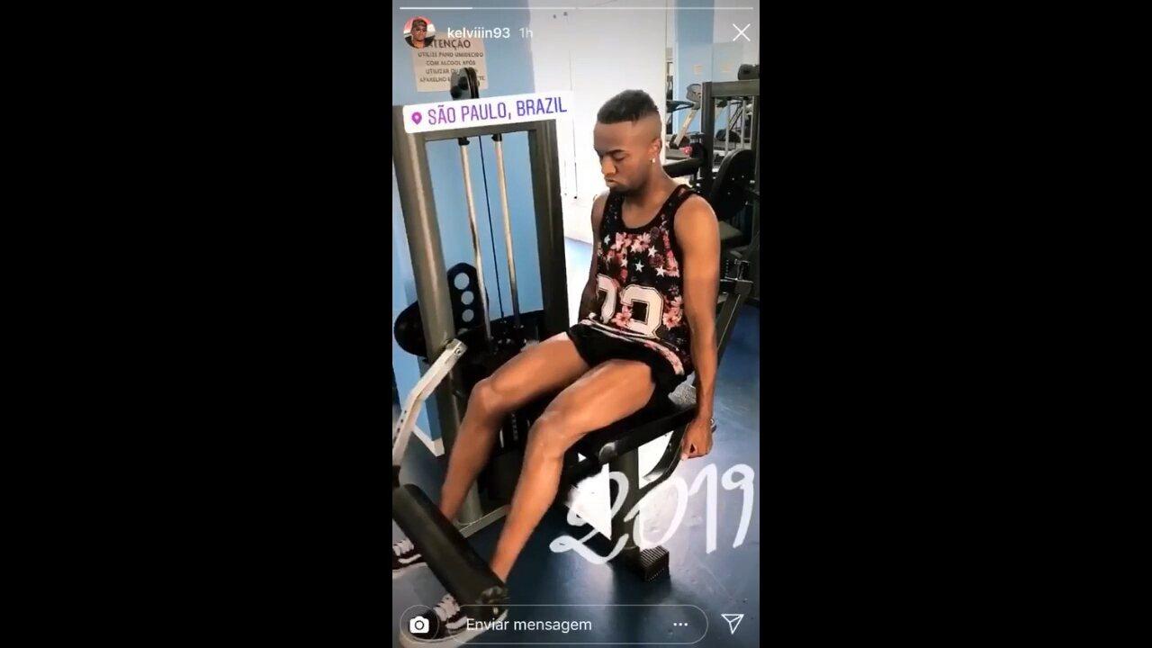 Kelvin aprimora parte física enquanto não assina com o Athletico