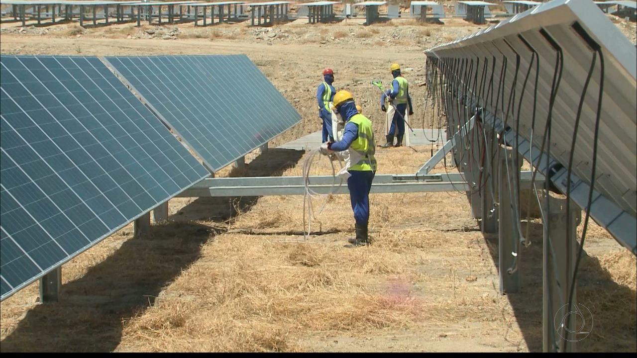 Escola pública no sertão da Paraíba usa energia solar