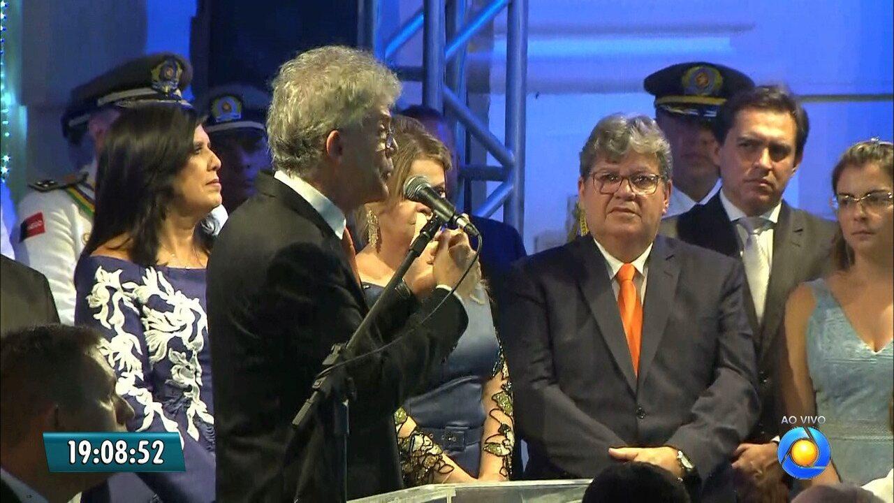 JPB2JP: João Azevêdo toma posse como governador da Paraíba