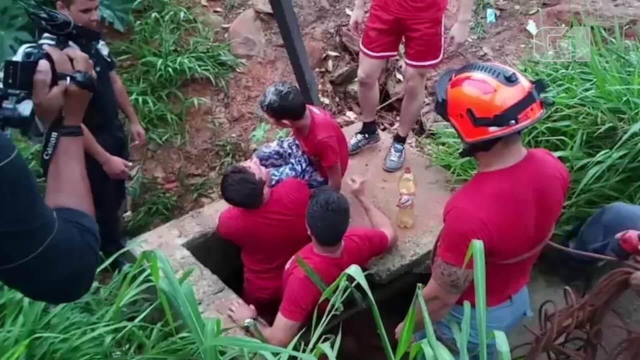 Bombeiros resgatam menino levado por enxurrada ao tentar salvar cão