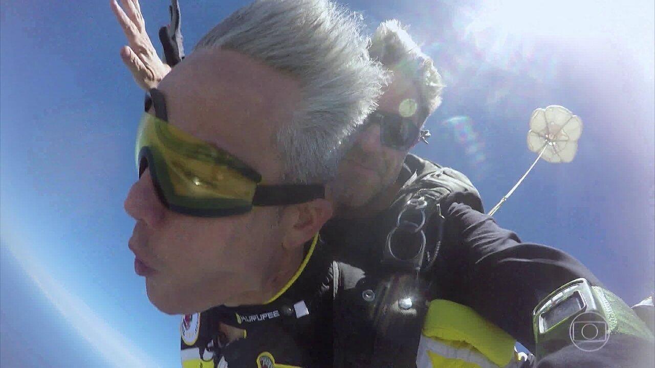 'Os Impressionantes': Otaviano encara o desafio de saltar de paraquedas