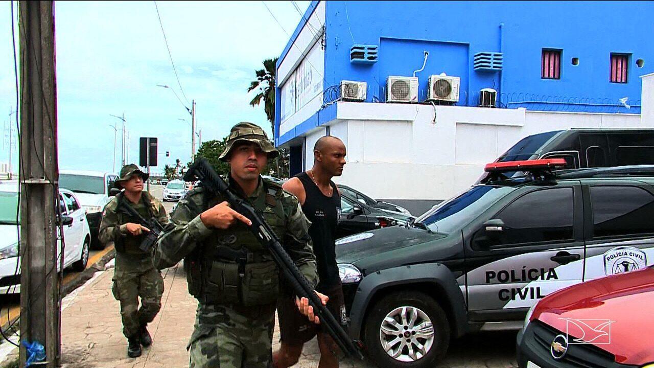 PM presta depoimento após ser preso por suspeita de triplo assassinato em São Luís