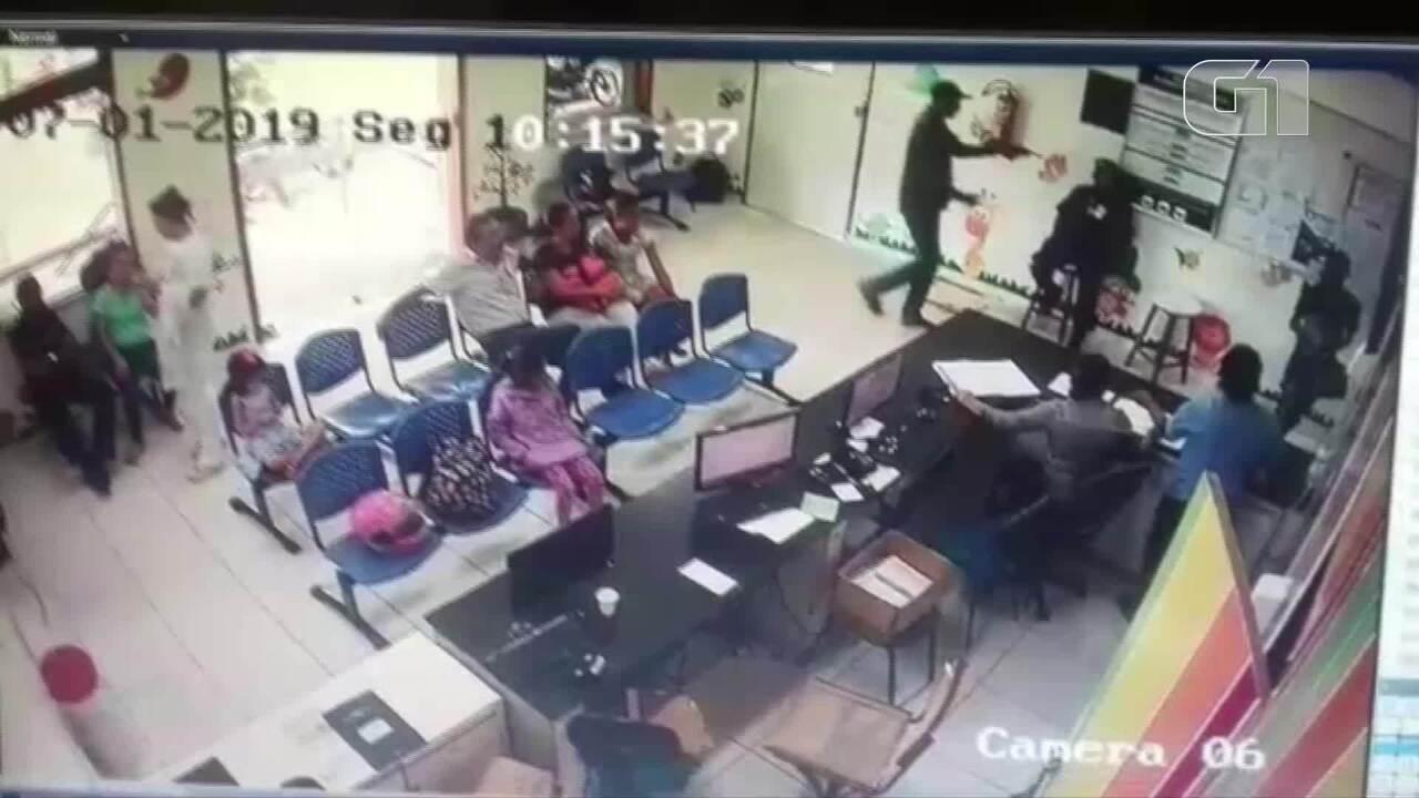 Homem armado rouba arma de vigia no Hospital Infantil de Teresina