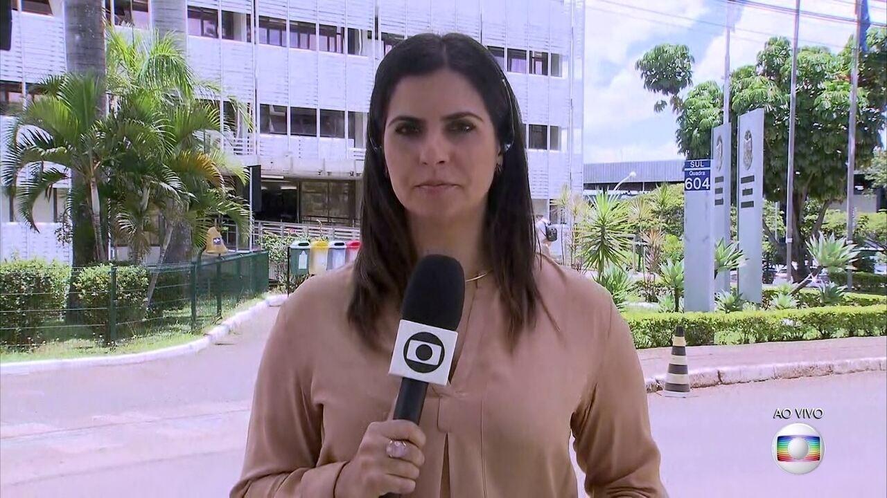 Antônio Palocci presta depoimento pelo segundo dia na Procuradoria da República do DF
