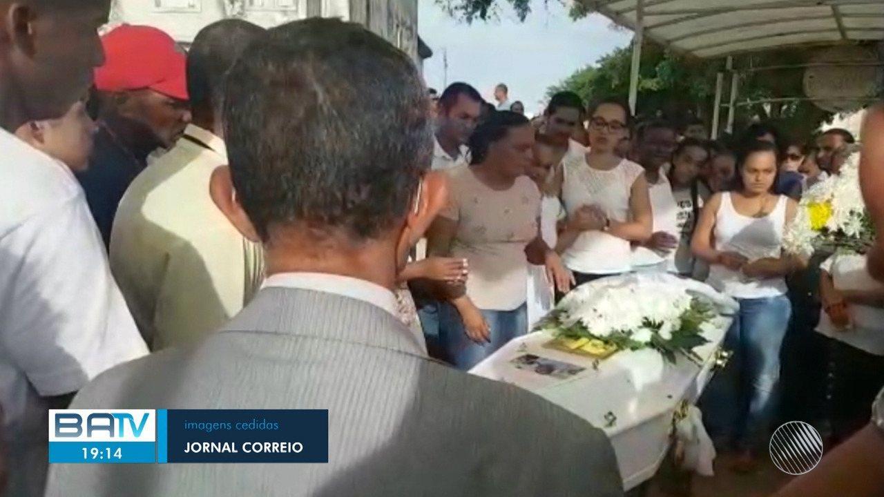 Destaques: enterrado jovem que havia desaparecido no Parque das Bromélias em Salvador