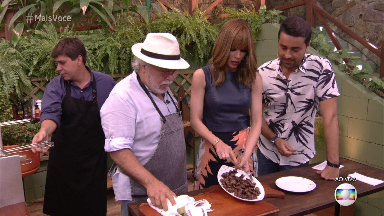 O chef Sergio Rabello ensina fazer um delicioso coração aperitivo na churrasqueira