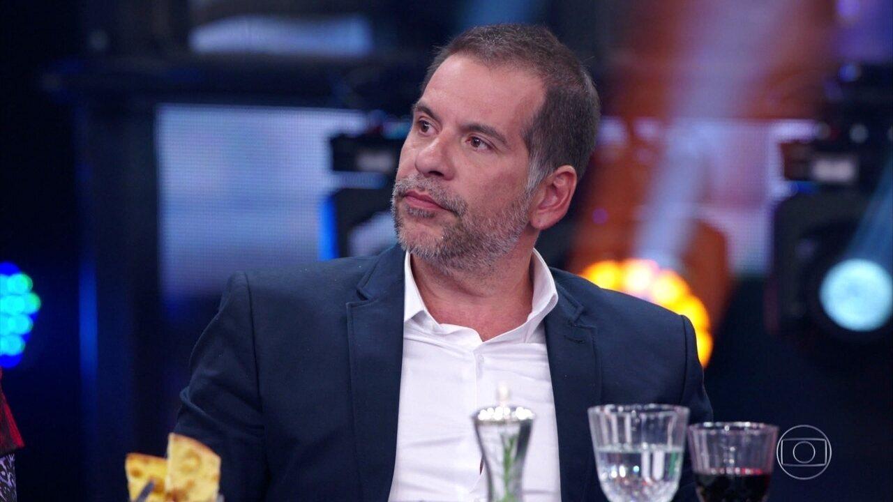 Leandro Hassum relembra início da carreira e trabalhos com Chico Anysio e Tom Cavalcante