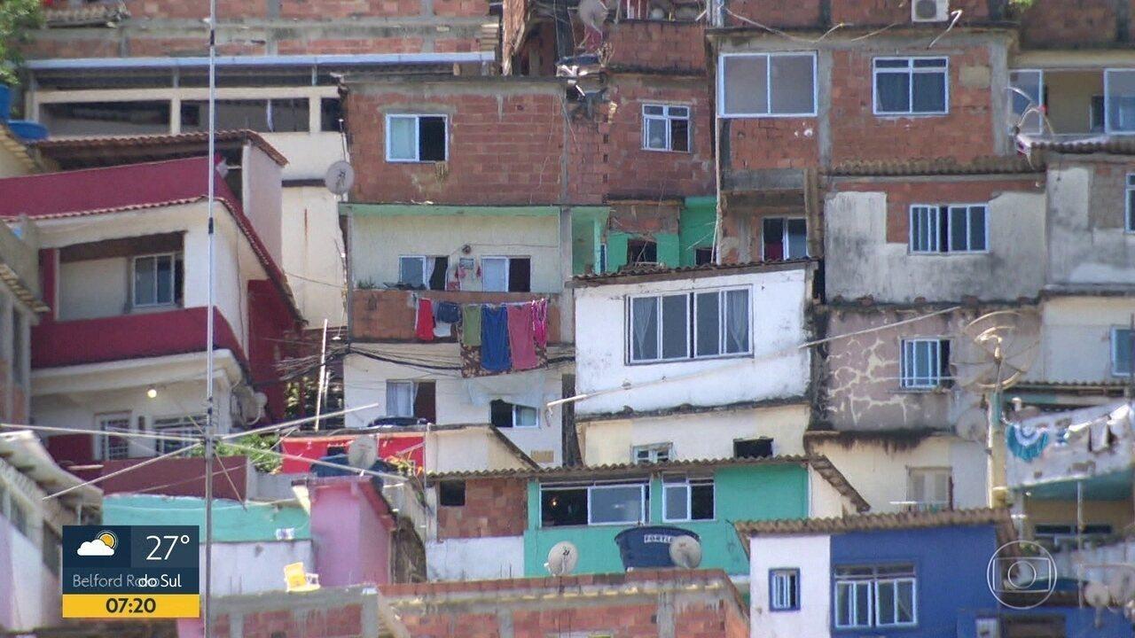 Moradores da favela Santa Marta denunciam agressões e invasões da PM