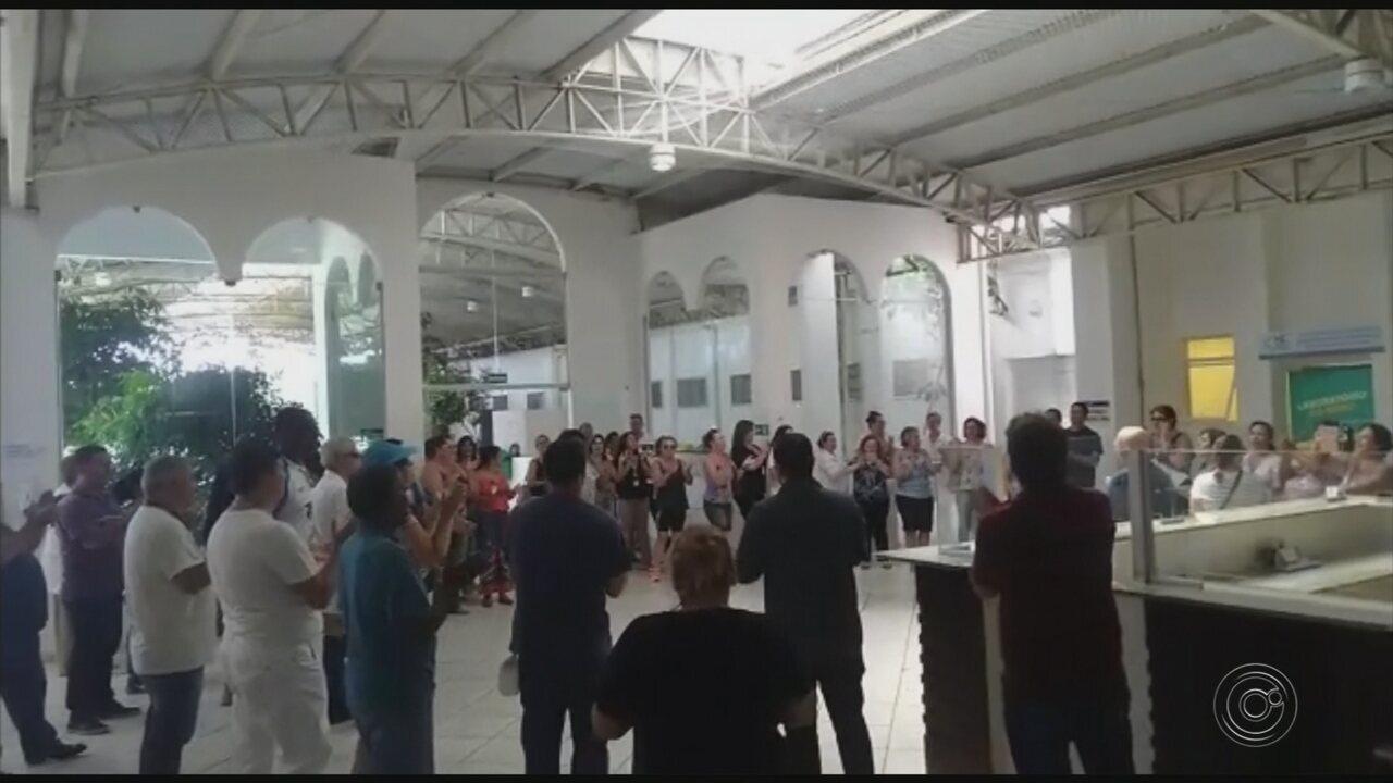 Funcionários da Unesp de Botucatu entram em greve pelo atraso no 13º salário