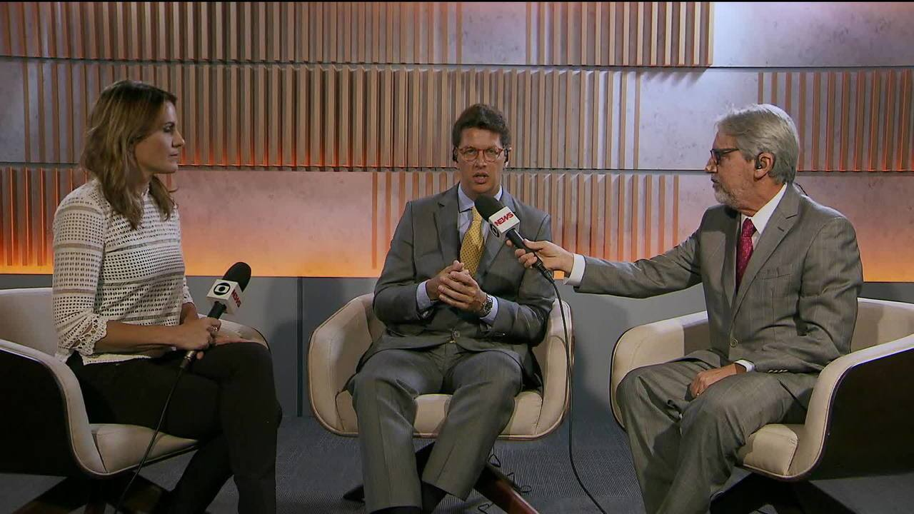 Ricardo Salles fala sobre decisão de suspender por 90 dias os contratos com ONGs