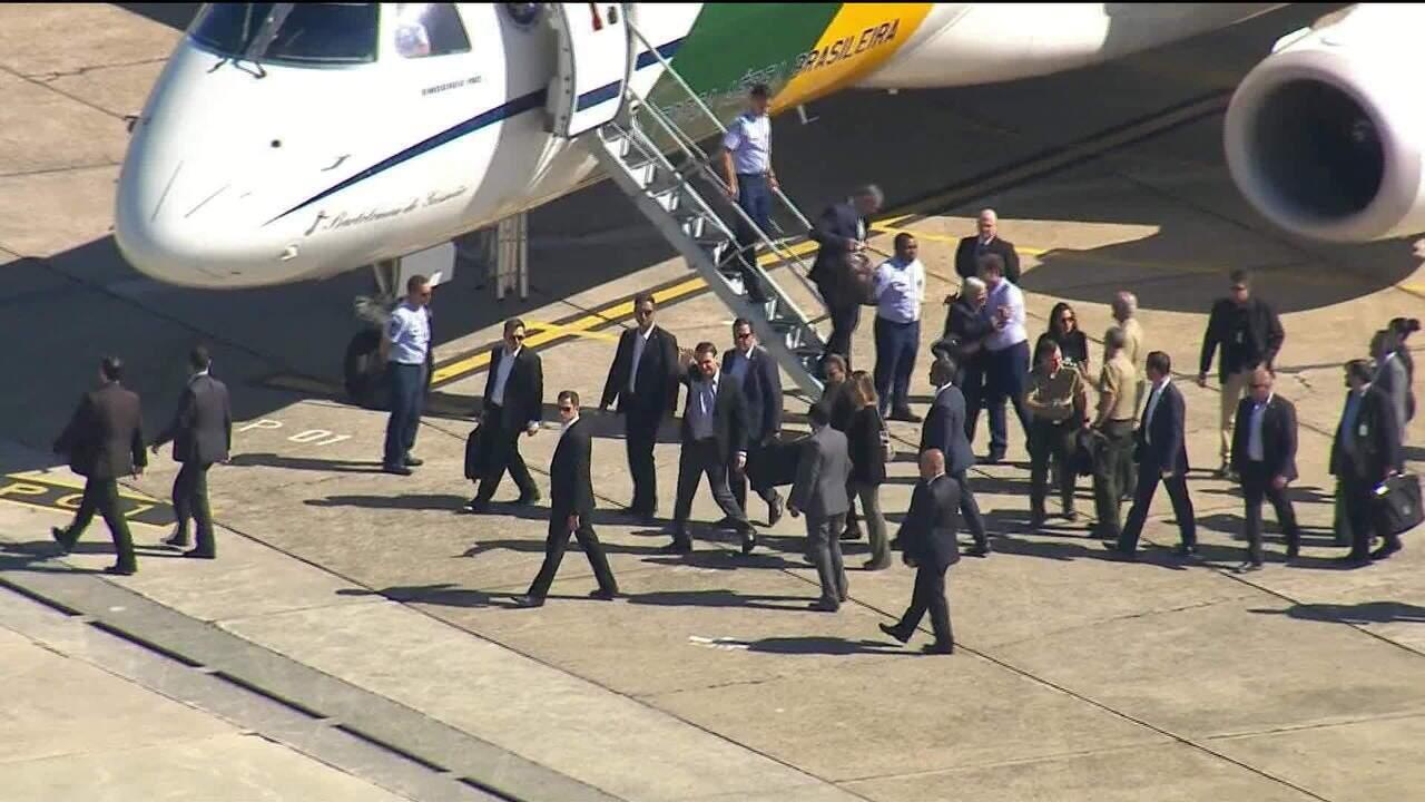 Bolsonaro chega a São Paulo para passar por cirurgia nesta segunda-feira (28)