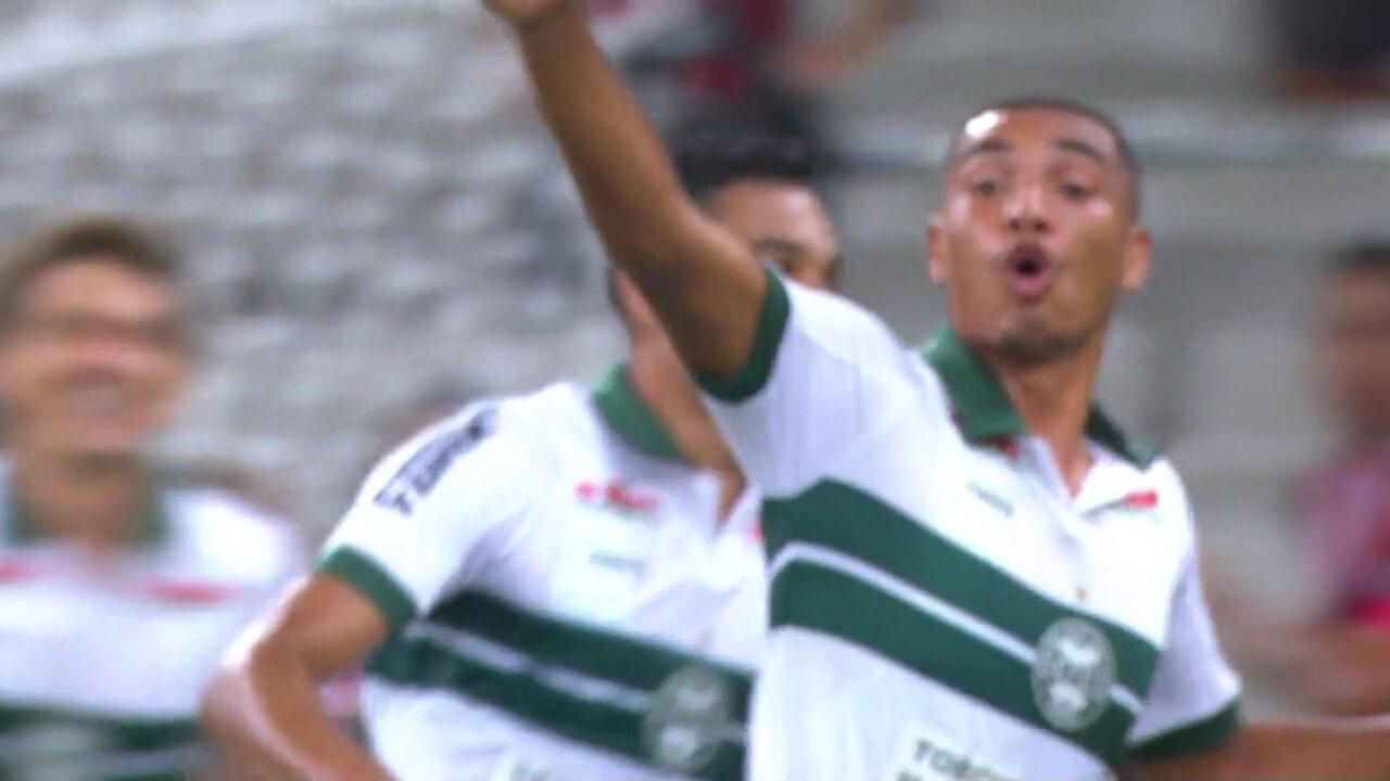 Gol do Coritiba! Sávio cobra escanteio, Igor Jesus sobe sozinho e marca contra o Athletico
