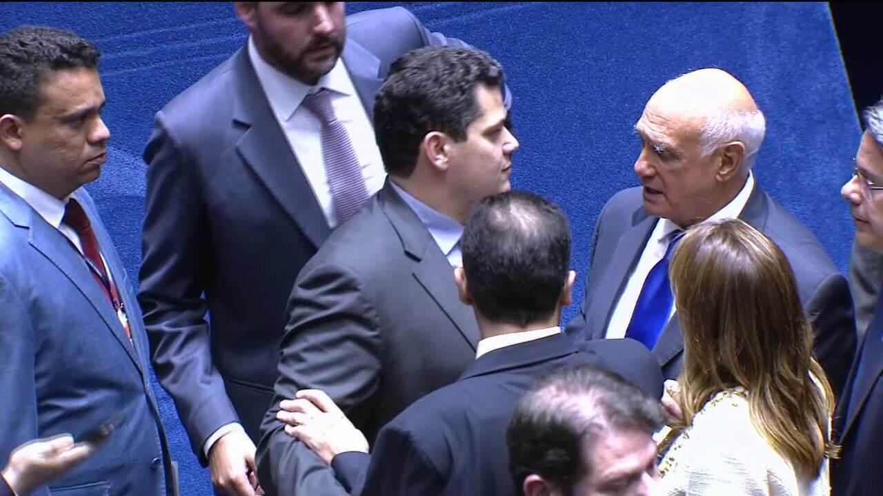 Senado suspende sessão para eleger presidente da Casa