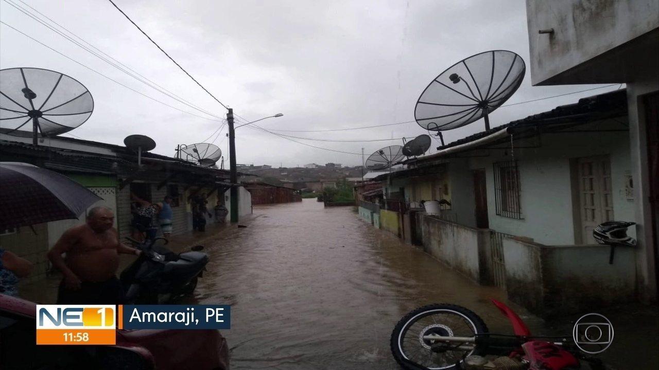 Chuva provoca destruição e transtornos em Amaraji, na Zona da Mata Sul de Pernambuco
