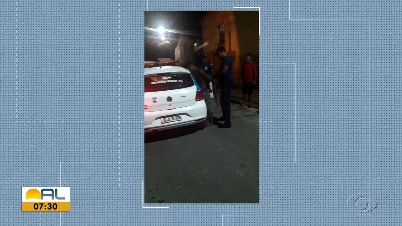 Vídeo flagra homem sendo agredido por guardas municipais em Branquinha, AL