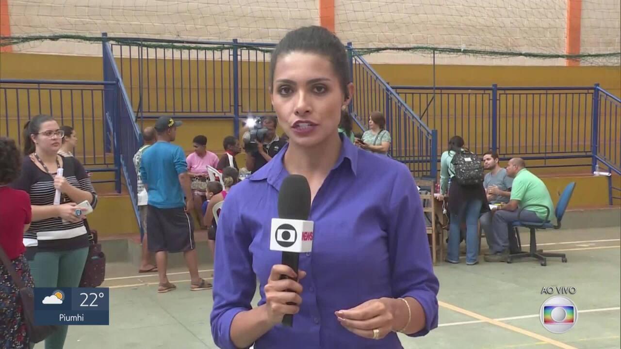 Moradores de Barão de Cocais são levados para ginásio por risco de barragem se romper