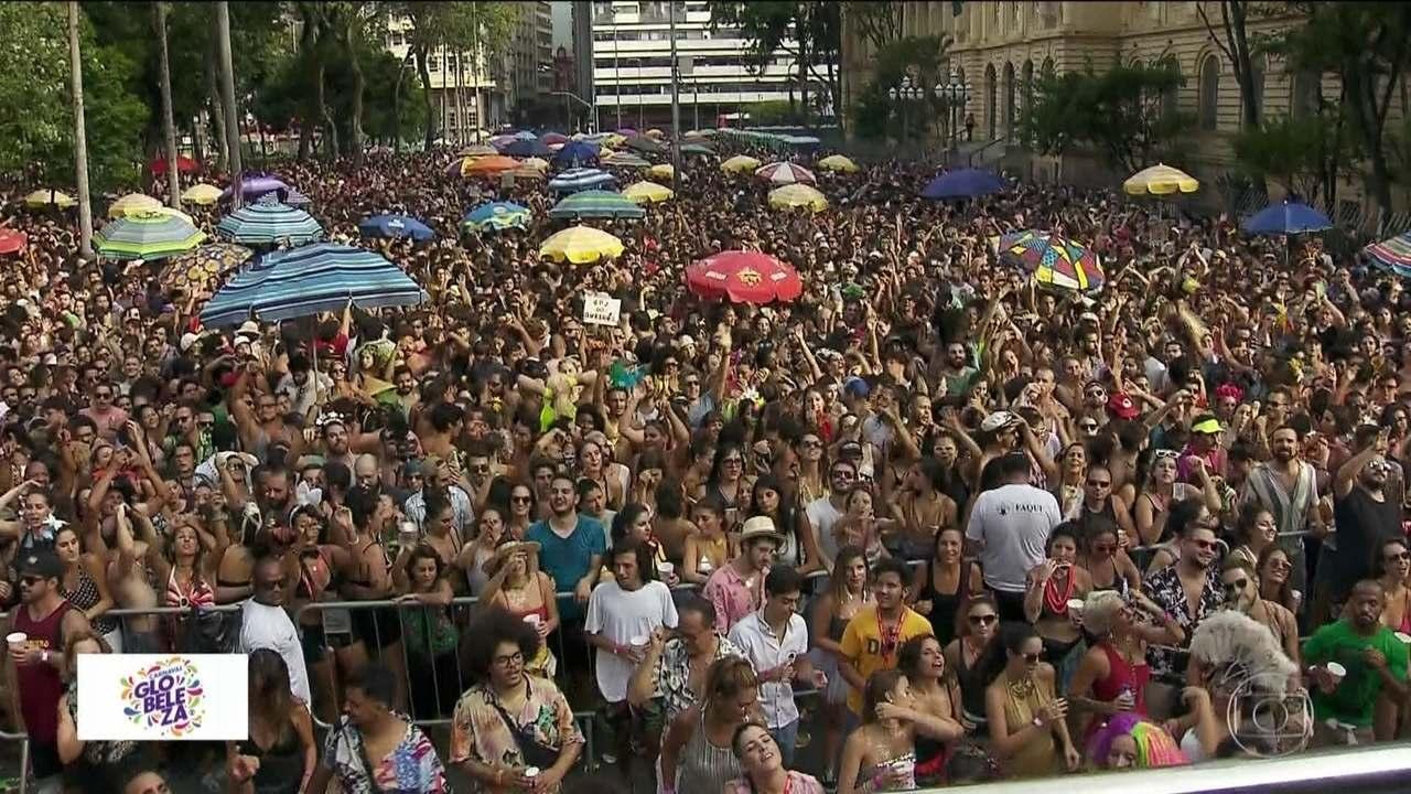 Blocos de carnaval ensaiam e animam ruas de São Paulo neste fim de semana