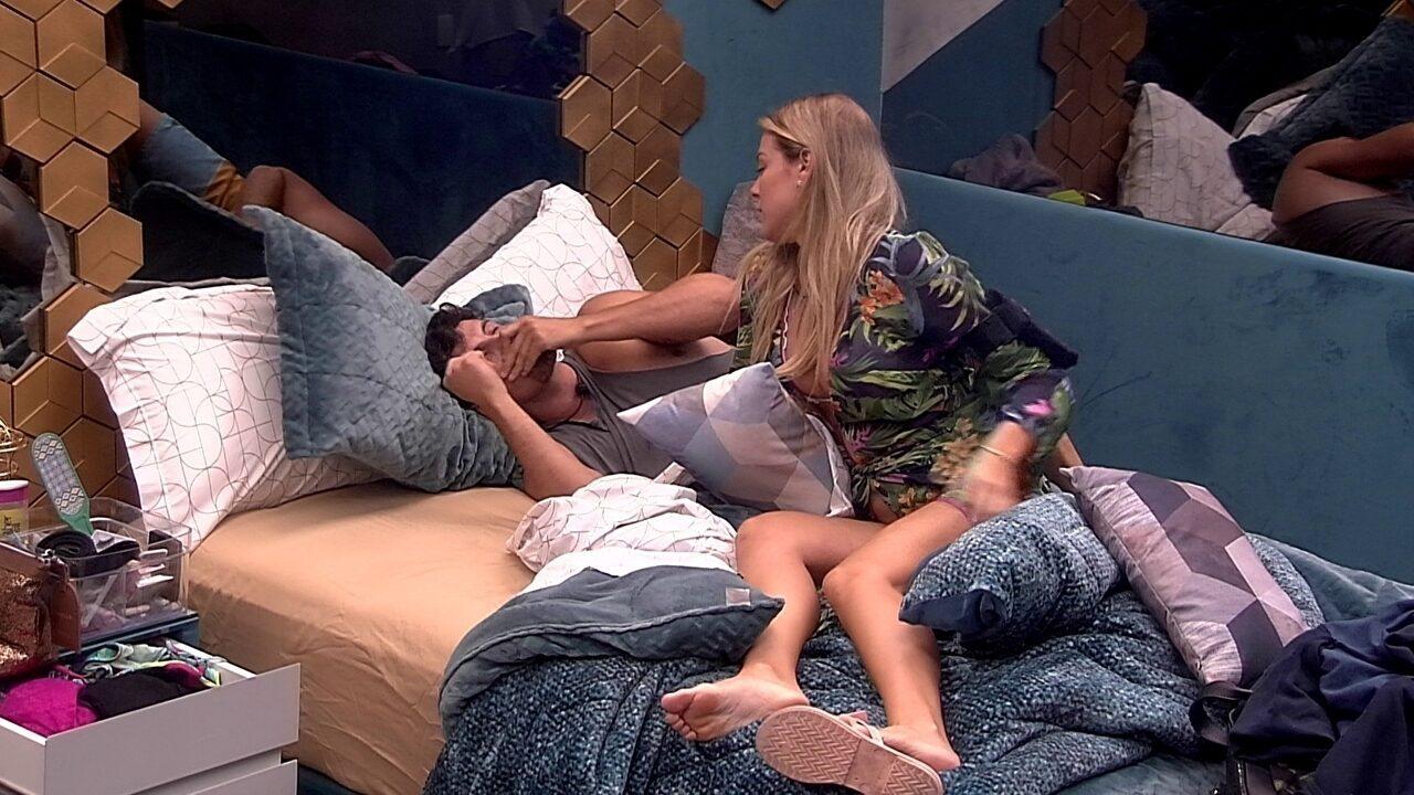 Isabella brinca com Maycon: 'Você não merece nada vindo de mim'