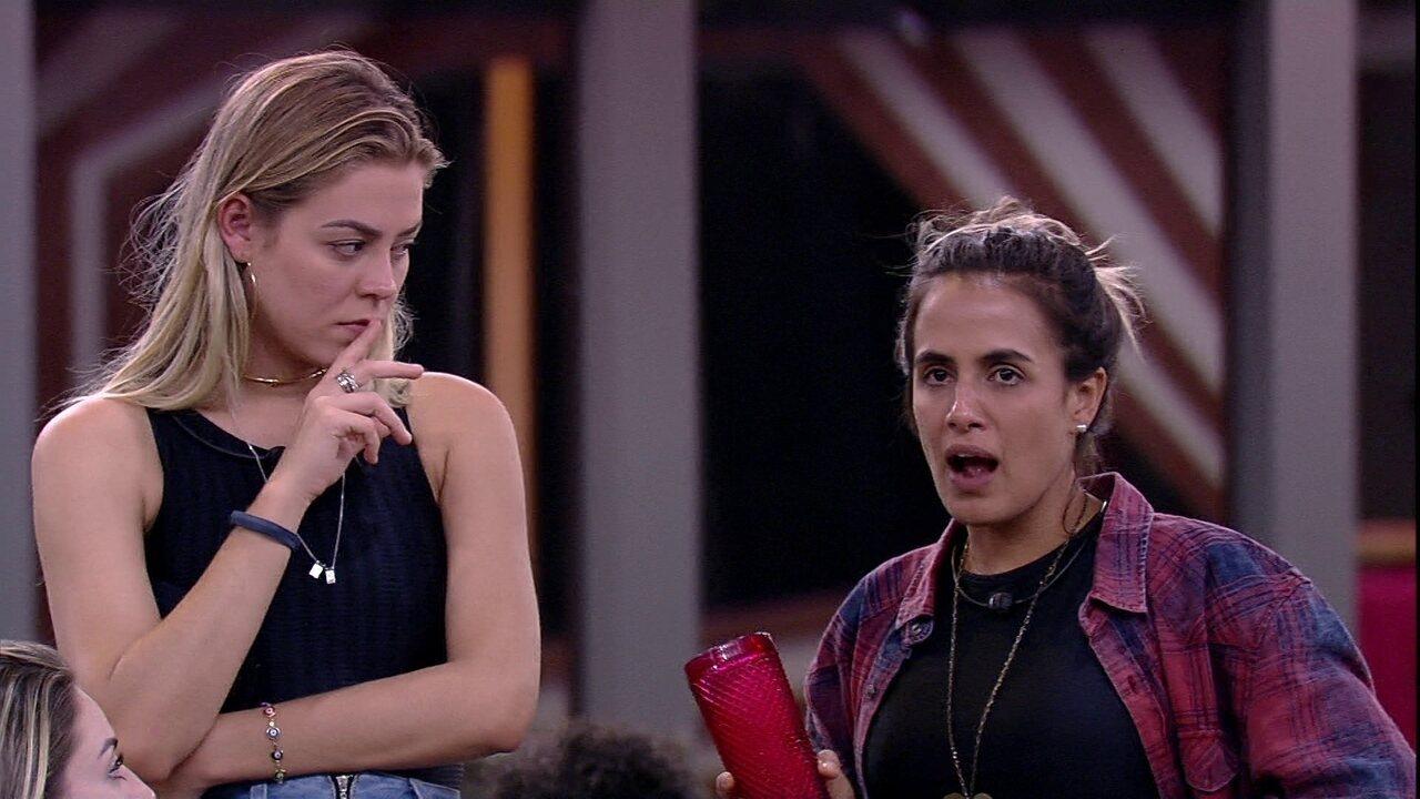 Paula, Isabella, Diego e Carolina analisam atitudes de Tereza