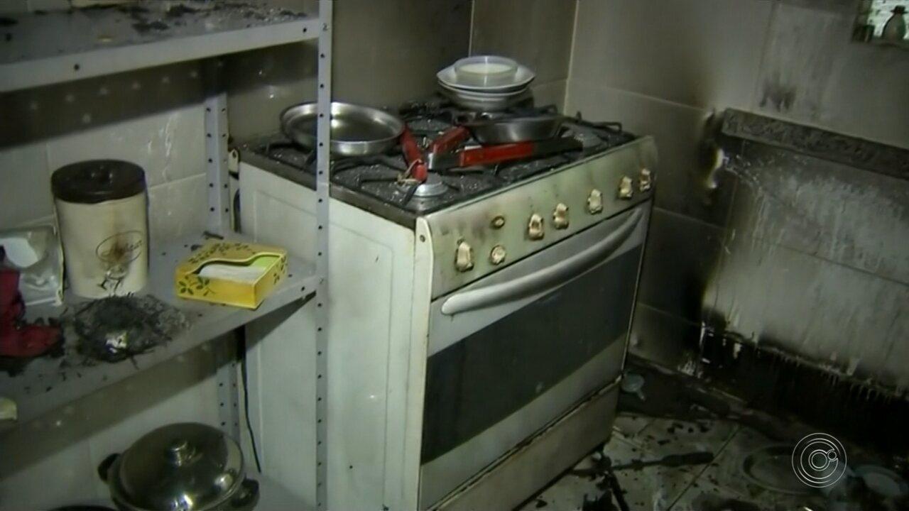 Crianças fogem de abrigo, invadem chácara e cozinha pega fogo durante brincadeira