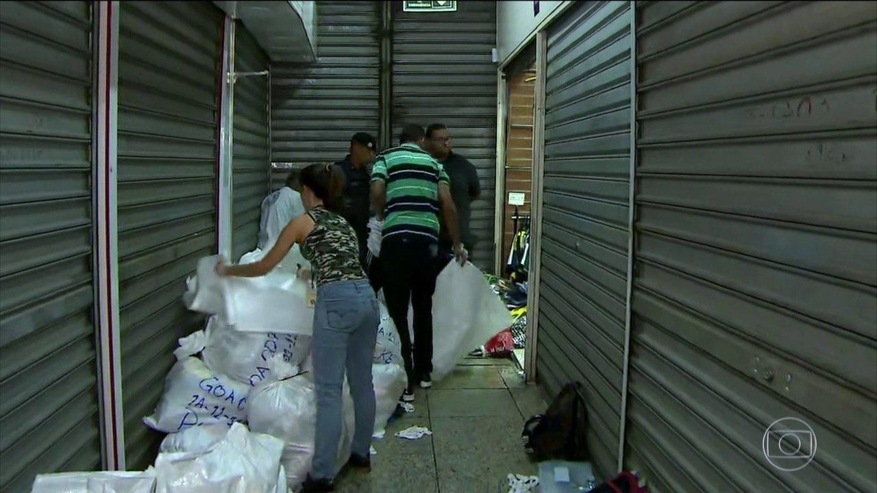Operação contra pirataria fecha shopping em São Paulo