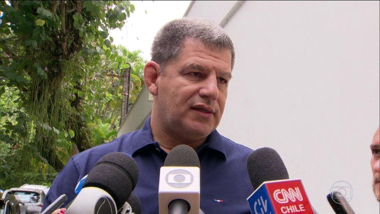 Planalto vive dia de expectativa após embate entre Carlos Bolsonaro e Bebianno