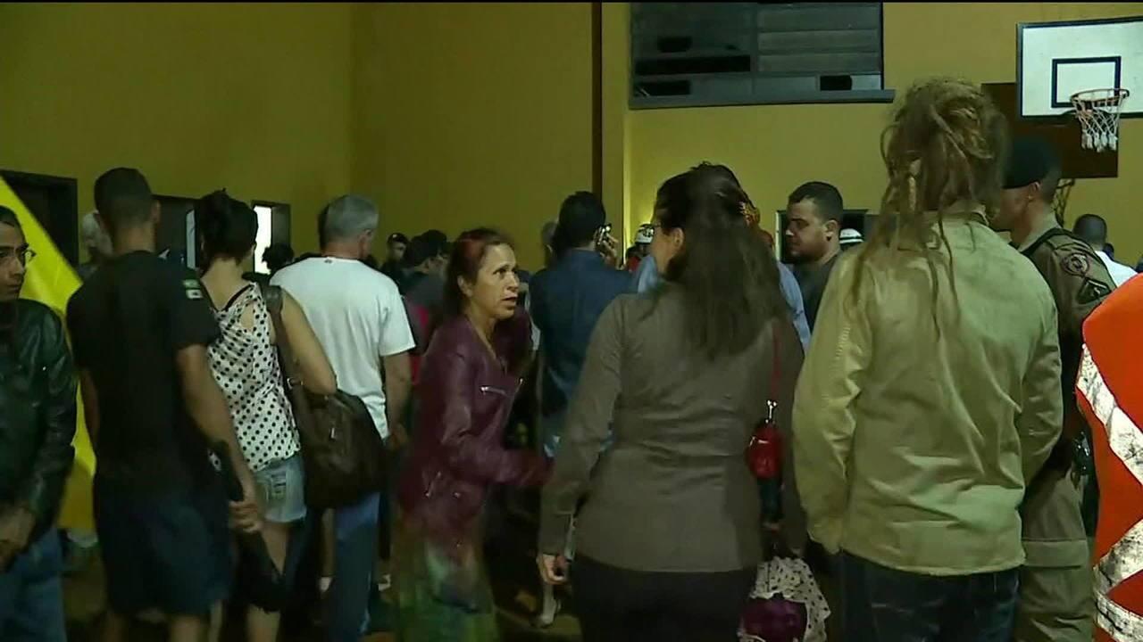 Alerta em barragem de Nova Lima obriga 200 moradores a sair de casa