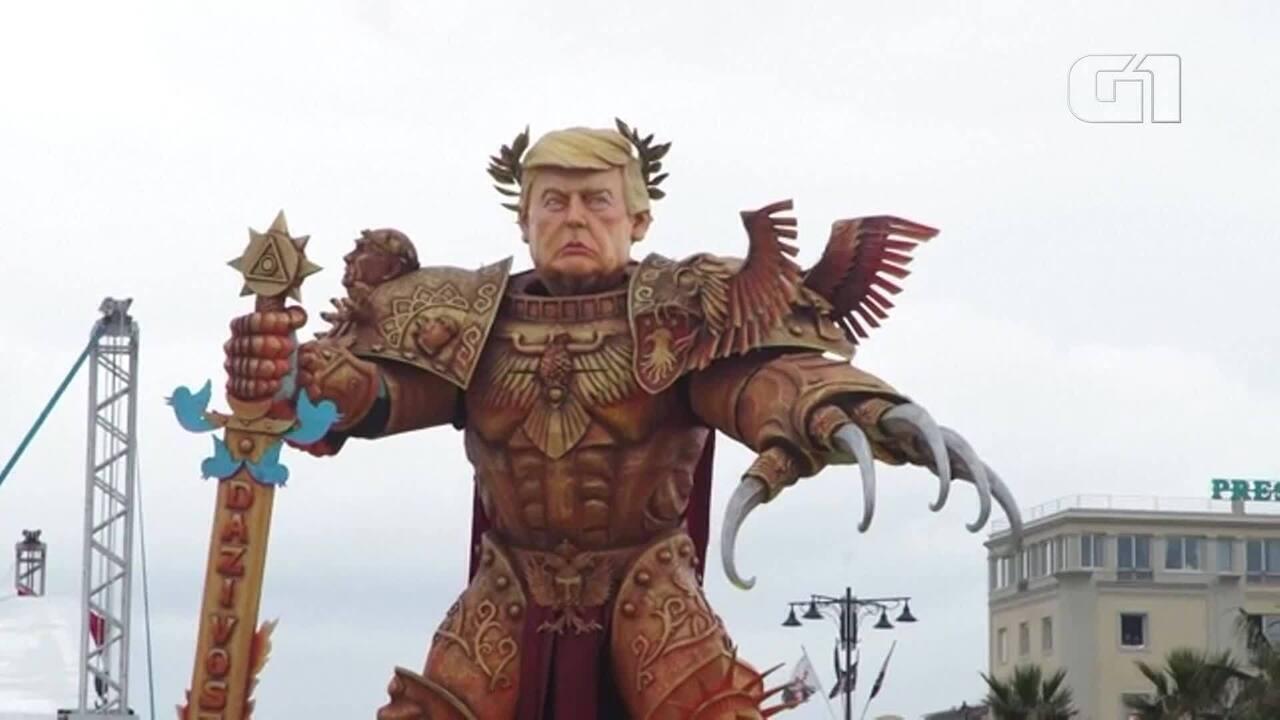 Donald Trump vira boneco gigante em desfile de carnaval na Itália