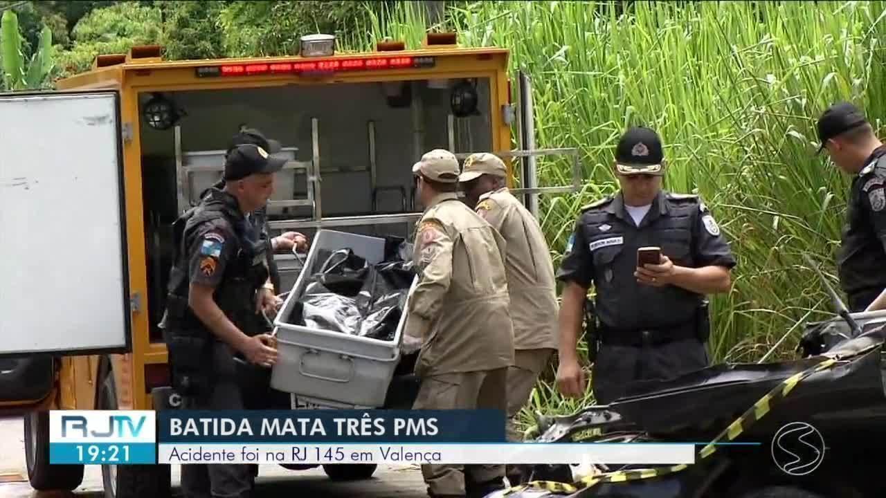 Policiais Militares morrem após batida entre carro e ônibus em Valença
