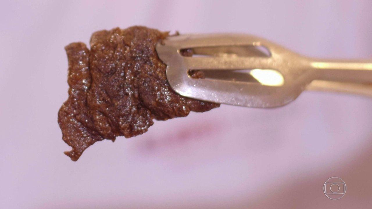 Cientistas criam o primeiro bife totalmente feito em laboratório
