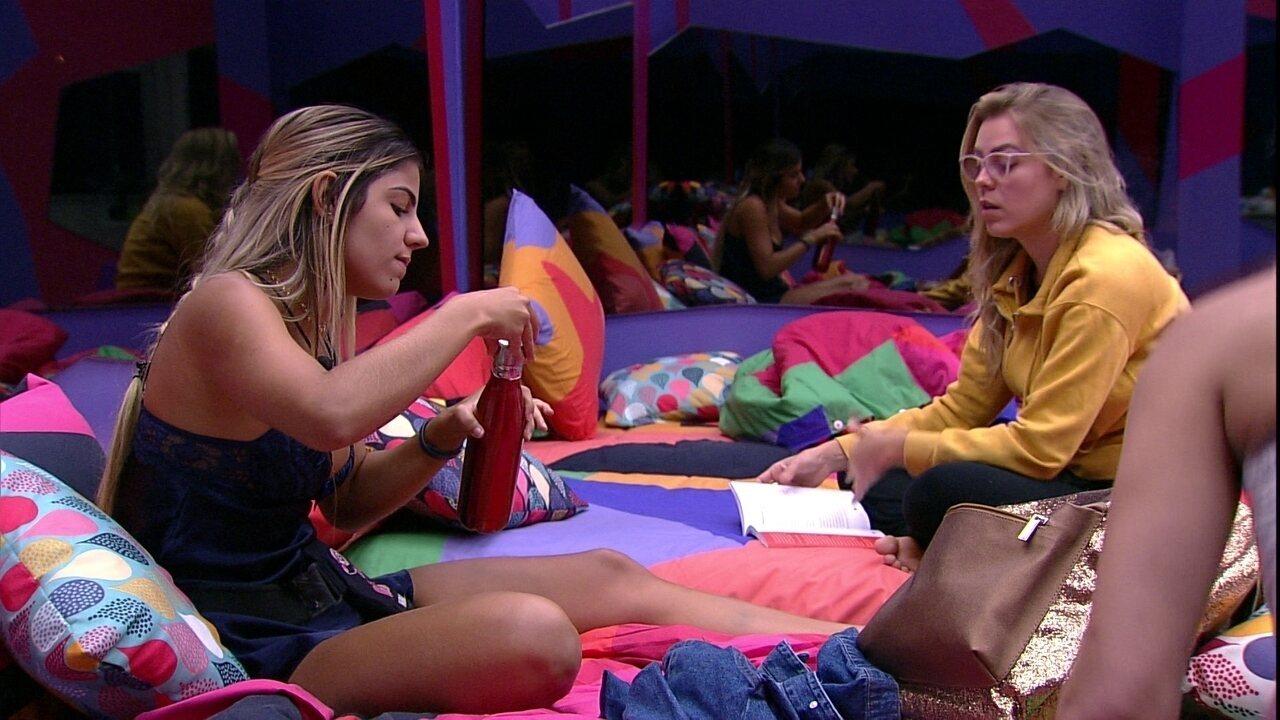 Isabella escolhe não dormir na cama de Elana: 'Não quero problema'