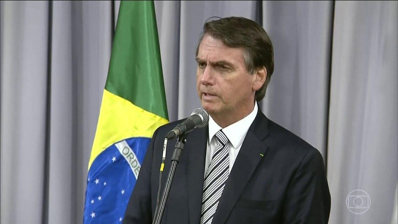Presidente Jair Bolsonaro se reúne com Mario Abdo Benítez em Foz do Iguaçu